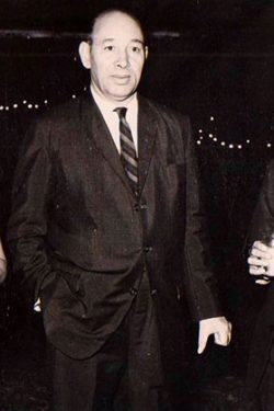 With Commerce Minister of Romania(1974)