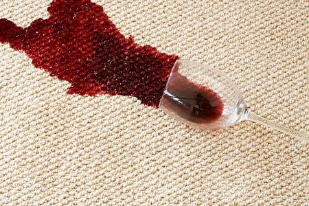 remove wine stain on rugs
